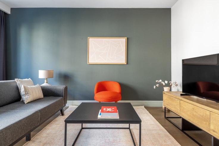 1 bedroom furnished apartment in Gökada Suites - 610 610, Göktürk, Istanbul, photo 1