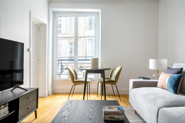 2 bedroom furnished apartment in Rue Oberkampf 61, Le Marais - République, Paris, photo 1
