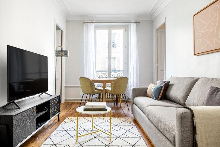 2 bedroom furnished apartment in Rue de Poissy 62, Quartier Latin, Paris, photo 1