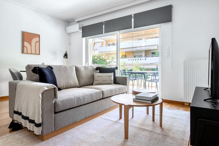 2 bedroom furnished apartment in Megistis II 970, Alimos, Athens, photo 1