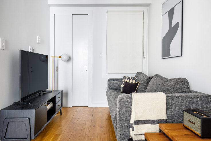 1 bedroom furnished apartment in 137 Thompson St 548, SoHo, New York, photo 1