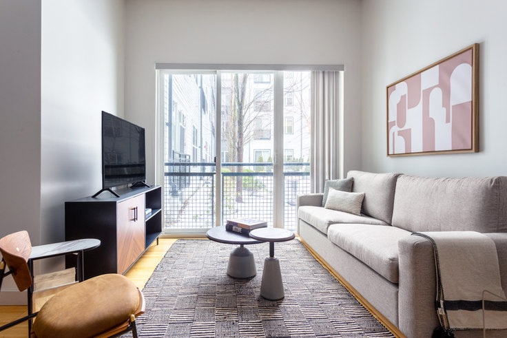 1 bedroom furnished apartment in West Square, 320 D Street 335, South Boston, Boston, photo 1