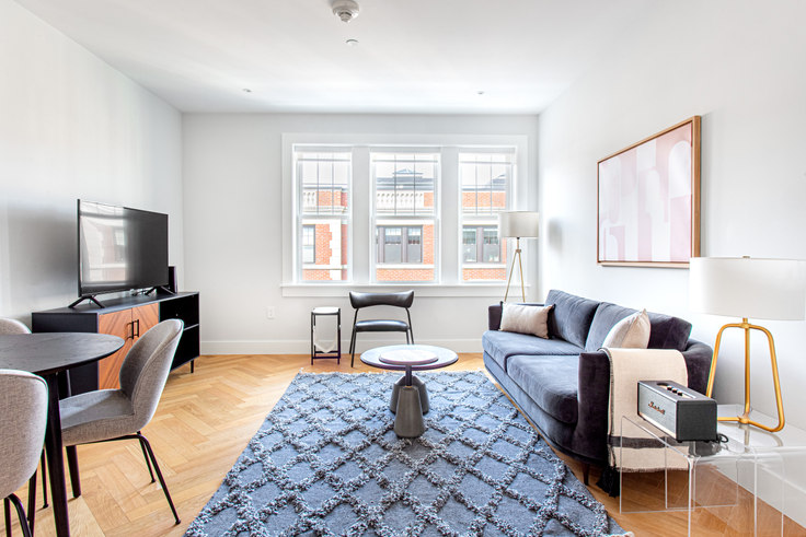 2 bedroom furnished apartment in Forest Court, 18 Forest St 340, Porter Square, Boston, photo 1