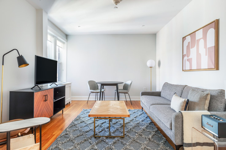 1 bedroom furnished apartment in Forest Court, 19 Forest St 345, Porter Square, Boston, photo 1