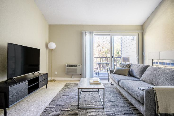 1 bedroom furnished apartment in Mansion Grove Apartments 2, 460 Oak Grove Dr 445, Santa Clara, San Francisco Bay Area, photo 1