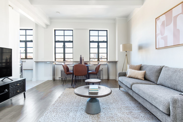 2 bedroom furnished apartment in The Shenandoah, 10 Sheridan Sq 553, West Village, New York, photo 1