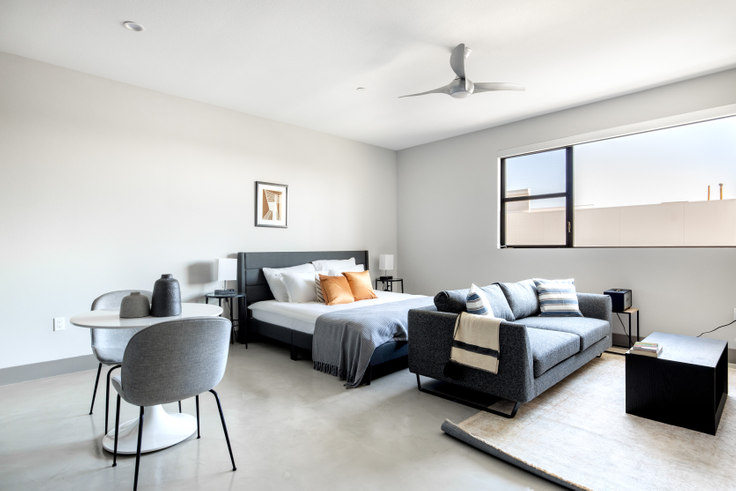 Studio furnished apartment in The Mansfield, 5100 Wilshire Blvd 387, Mid-Wilshire, Los Angeles, photo 1