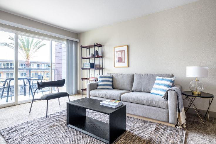 1 bedroom furnished apartment in Harborside Marina Bay - 14035 Tahiti Way 391, Marina del Rey, Los Angeles, photo 1