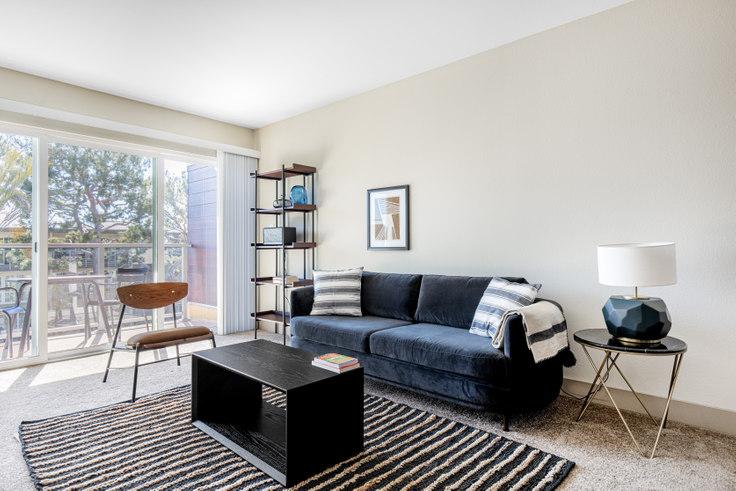 1 bedroom furnished apartment in Harborside Marina Bay - 13935 Tahiti Way 394, Marina del Rey, Los Angeles, photo 1