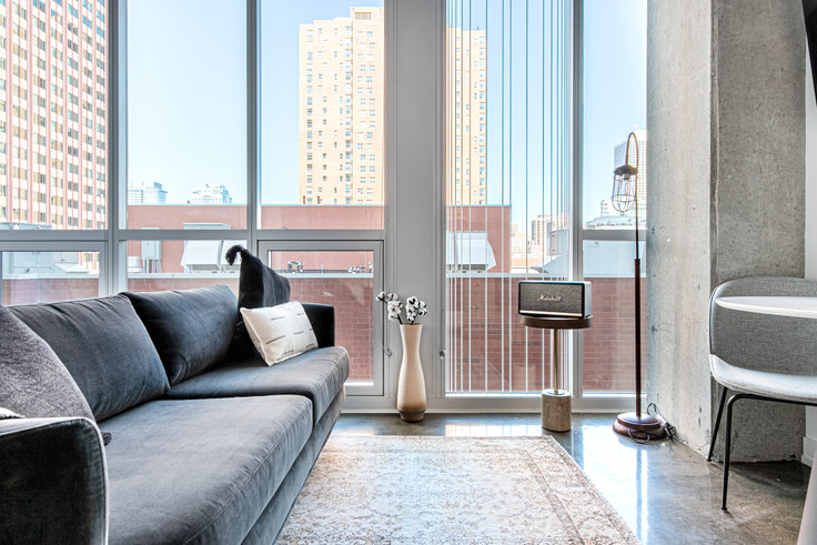Studio furnished apartment in Bush Temple, 108 W Chicago Ave 365, River North, Chicago, photo 1