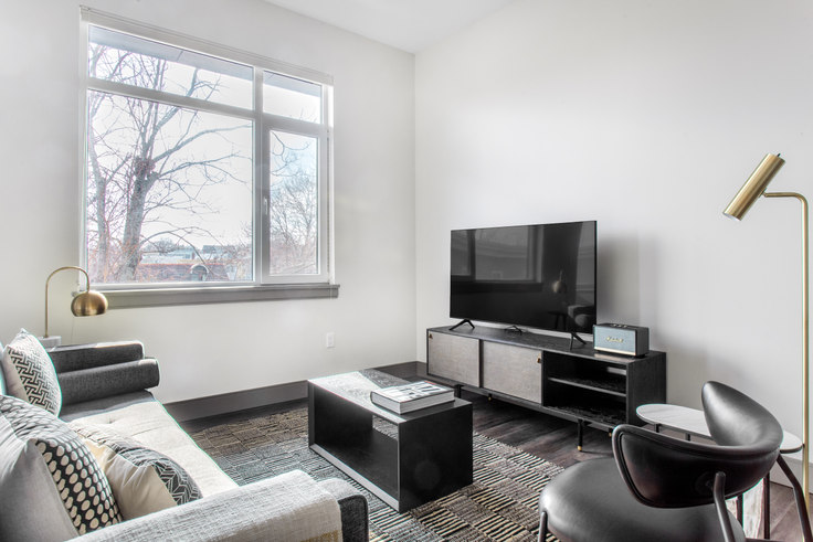 2 bedroom furnished apartment in 400 Mystic Ave 364, Somerville, Boston, photo 1