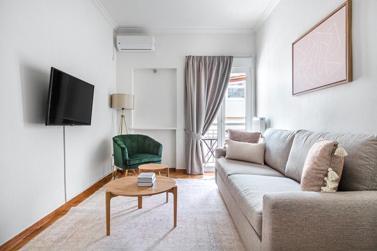 1 bedroom furnished apartment in Varnava Square 984, Pangrati, Athens, photo 1