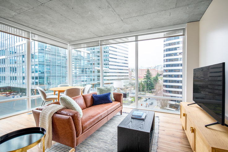 2 bedroom furnished apartment in Kinects, 1823 Minor Ave 92, South Lake Union, Seattle, photo 1