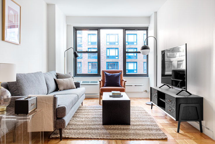 1 bedroom furnished apartment in The Mayfair, 145 4th Ave 560, Flatiron, New York, photo 1