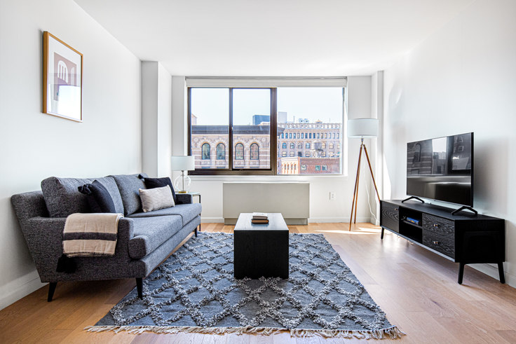 1 bedroom furnished apartment in 1 Union Sq S 562, Flatiron, New York, photo 1