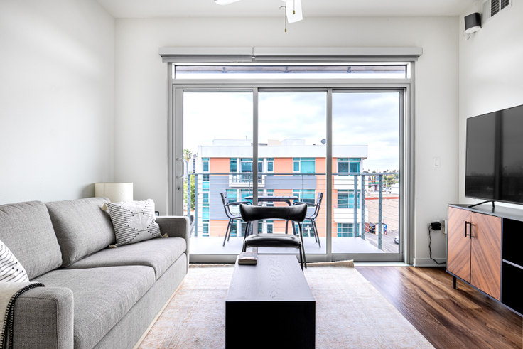 2 bedroom furnished apartment in Vinz on Fairfax, 950 S Fairfax Ave 403, Fairfax, Los Angeles, photo 1