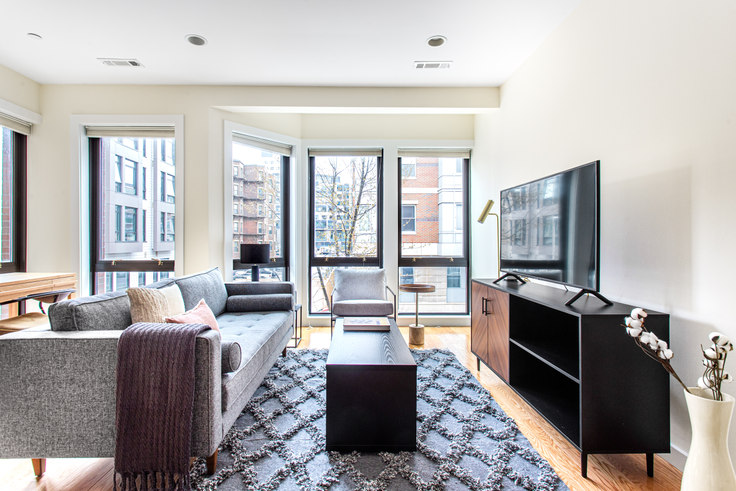 1 bedroom furnished apartment in 9 Miner St 374, Fenway, Boston, photo 1