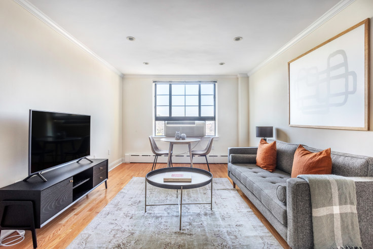 1 bedroom furnished apartment in 60 Brattle St 377, Harvard Square, Boston, photo 1