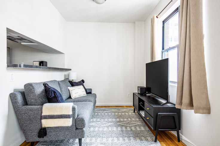 Studio furnished apartment in 225 E 85th St 573, Upper East Side, New York, photo 1