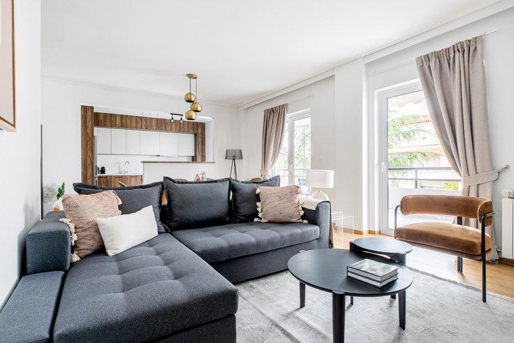 3 bedroom furnished apartment in Leof. Dimokratias V 993, Neo Psychiko, Athens, photo 1