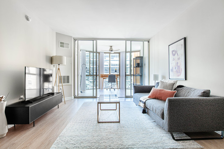 1 bedroom furnished apartment in Meridian at Gallery Place, 450 Massachusetts Avenue NW 251, Mount Vernon, Washington D.C., photo 1