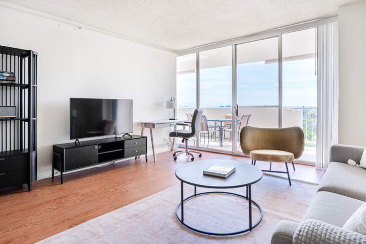 1 bedroom furnished apartment in 55 West, 55 W 5th Ave 487, San Mateo, San Francisco Bay Area, photo 1