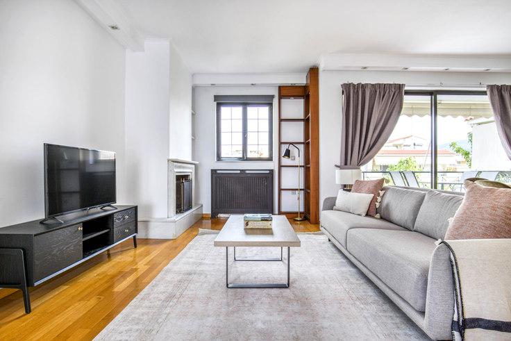 3 bedroom furnished apartment in Strati Papadaki 998, Glyfada, Athens, photo 1