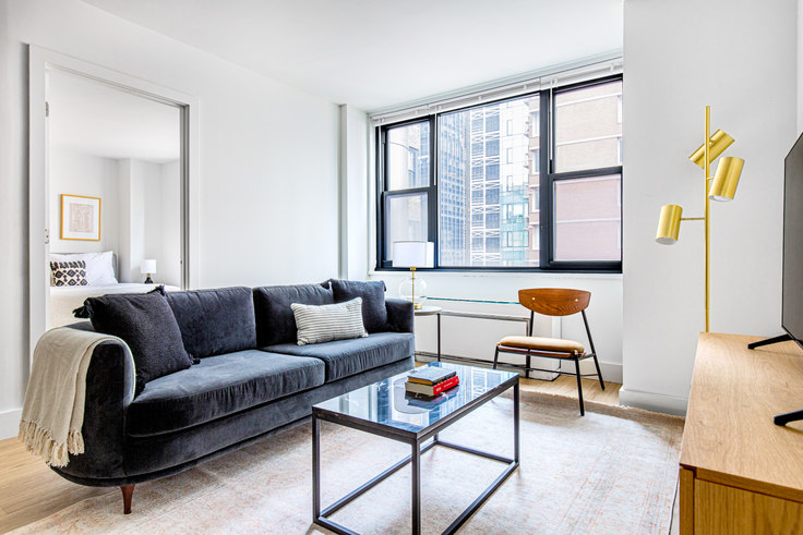 1 bedroom furnished apartment in Murray Hill Tower, 245 E 40th St 583, Murray Hill, New York, photo 1