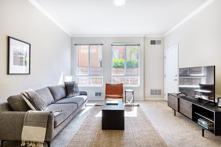 1 bedroom furnished apartment in Villa Del Sol, 295 E Evelyn Ave 503, Sunnyvale, San Francisco Bay Area, photo 1