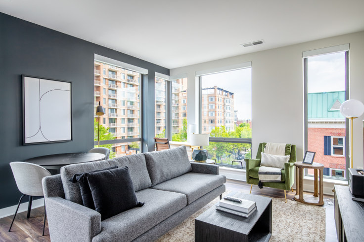 2 bedroom furnished apartment in Ten at Clarendon, 3110 10th St N  #528 262, Clarendon, Washington D.C., photo 1