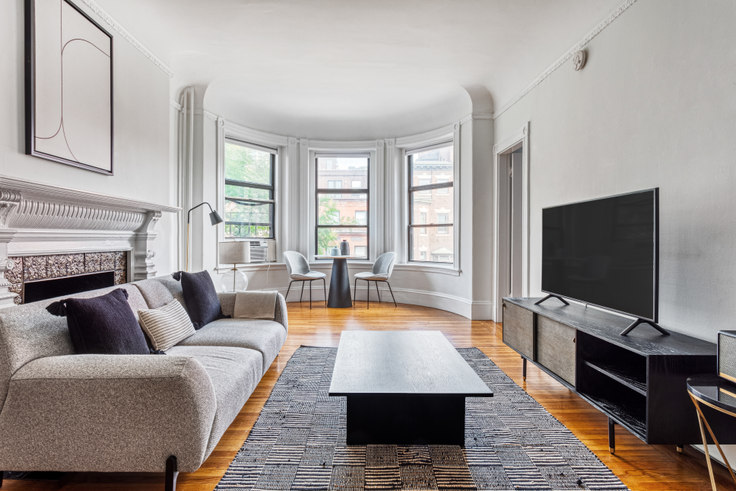 1 bedroom furnished apartment in 499 Beacon St 393, Back Bay, Boston, photo 1