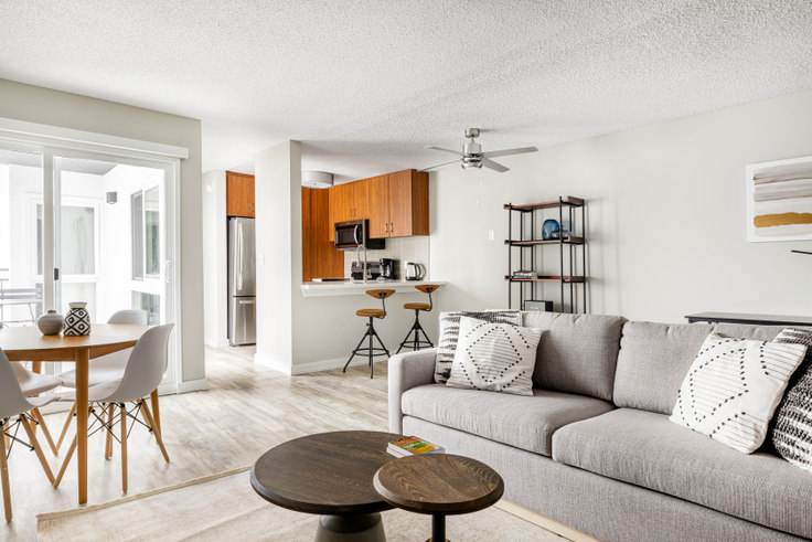 1 bedroom furnished apartment in 616 Elements, 615 S Catalina Ave 437, Redondo, Los Angeles, photo 1