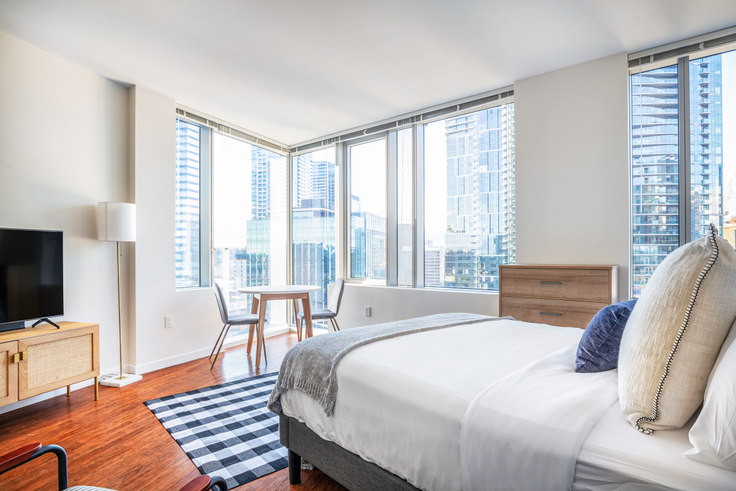 Studio furnished apartment in Soma Towers - Bellevue, 288 106th Ave NE 119, Bellevue, Seattle, photo 1
