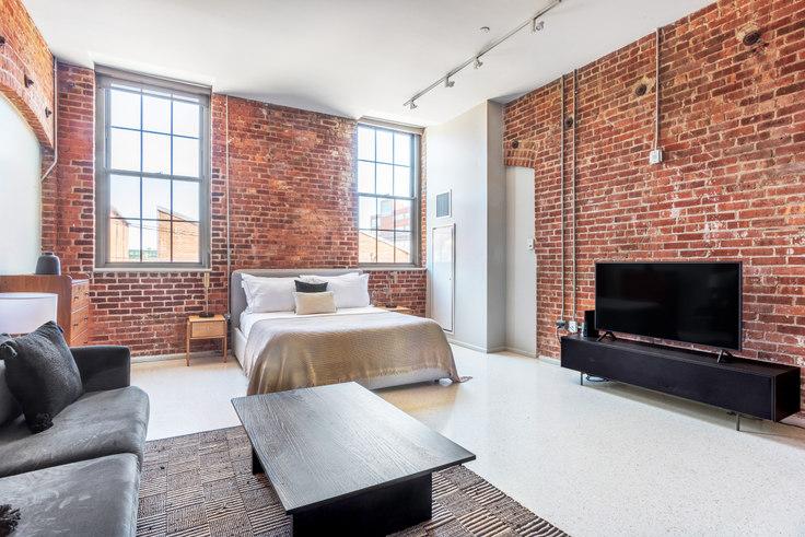 Studio furnished apartment in 275 Medford 402, Charlestown, Boston, photo 1