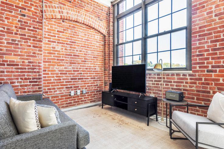 Studio furnished apartment in 275 Medford 403, Charlestown, Boston, photo 1