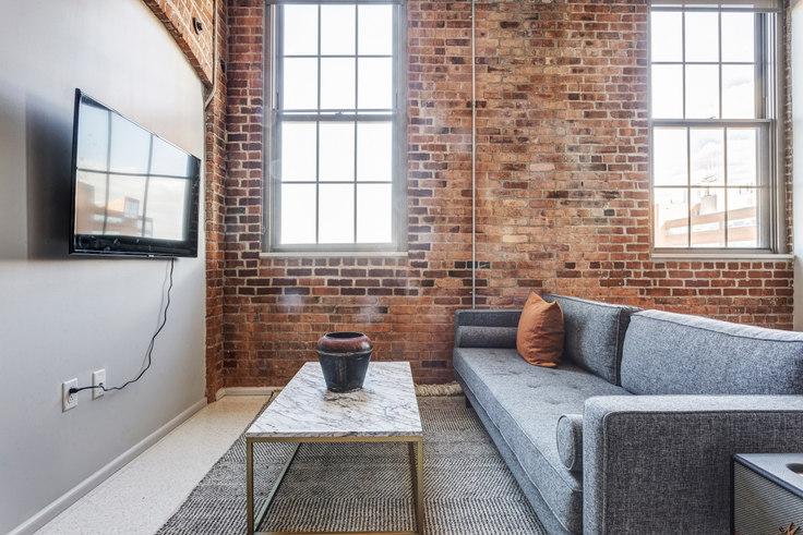 Studio furnished apartment in 275 Medford 405, Charlestown, Boston, photo 1