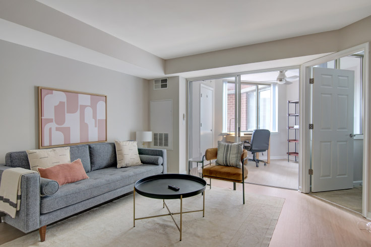 1 bedroom furnished apartment in Meridian at Gallery Place, 450 Massachusetts Ave NW 271, Mount Vernon, Washington D.C., photo 1