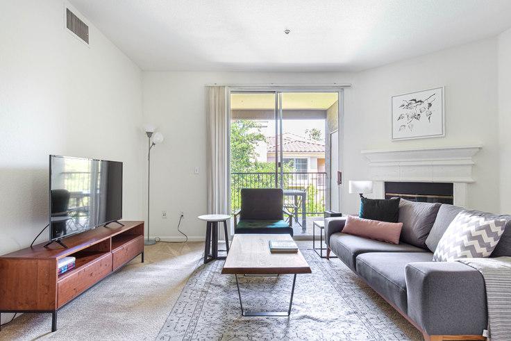 2 bedroom furnished apartment in Avalon Willow Glen, 3150 Rubino Dr 531, San Jose, San Francisco Bay Area, photo 1