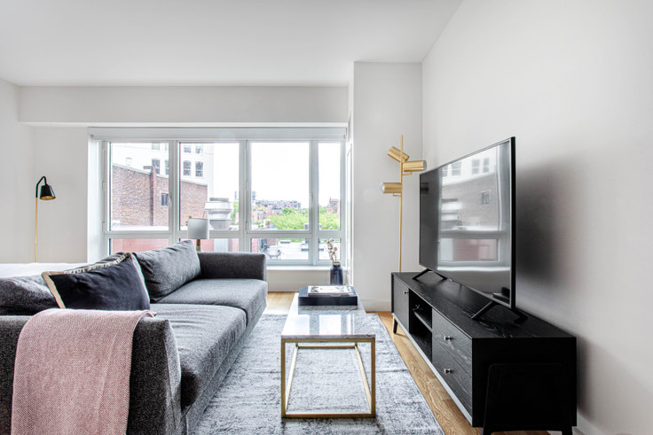 Studio furnished apartment in One Back Bay, 135 Clarendon St 411, Back Bay, Boston, photo 1