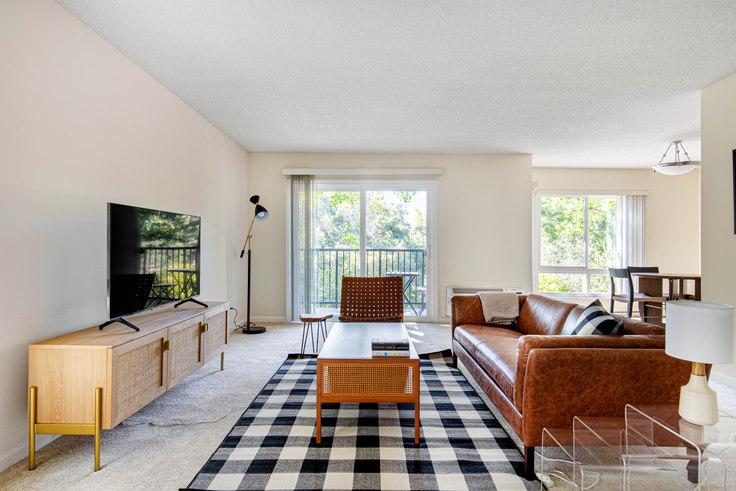 2 bedroom furnished apartment in Oak Creek 4 Apartments, 1788 Oak Creek Dr 537, Palo Alto, San Francisco Bay Area, photo 1