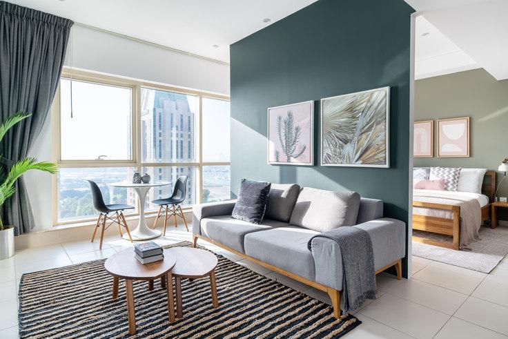 Studio furnished apartment in Royal Oceanic Studio III 764, The Royal Oceanic, Dubai, photo 1