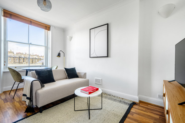 1 bedroom furnished apartment in Pembridge Rd 56, Notting Hill, London, photo 1