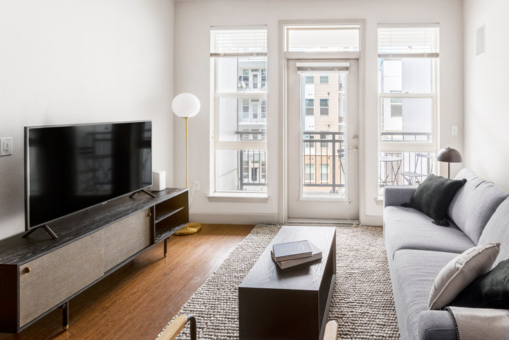 1 bedroom furnished apartment in City House, 1801 Chestnut Pl 19, LoDo, Denver, photo 1