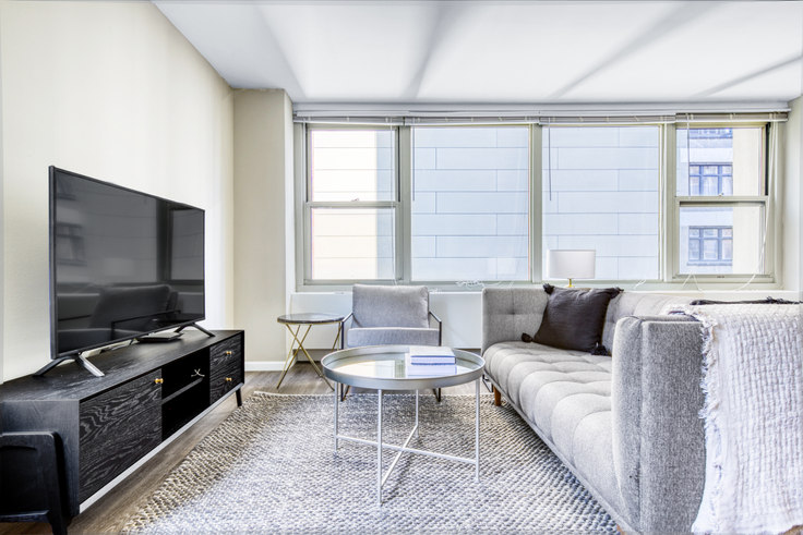 2 bedroom furnished apartment in Gold Coast City Club,  860 N Dewitt Pl 390, Gold Coast, Chicago, photo 1