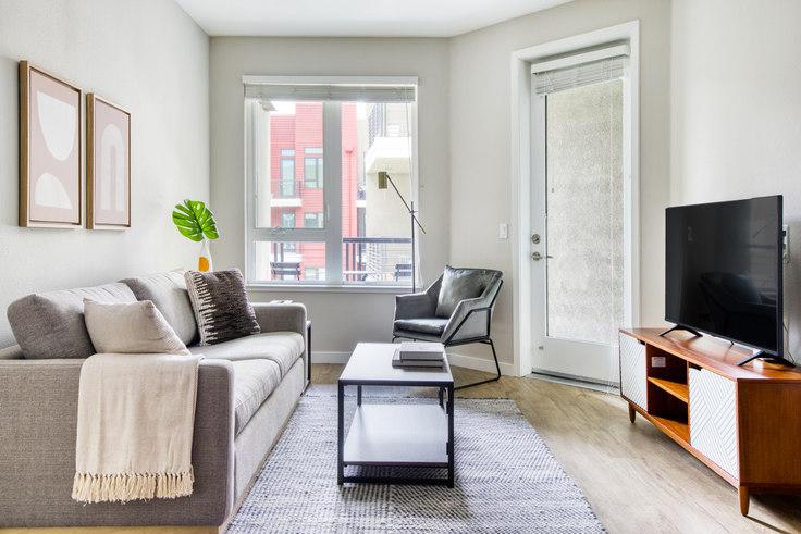 2 bedroom furnished apartment in Avalon Public Market, 6301 Shellmound St 552, Emeryville, San Francisco Bay Area, photo 1