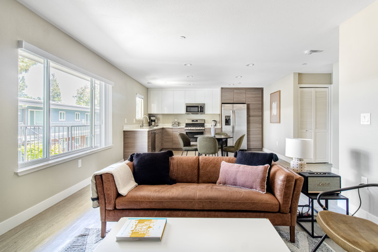 2 bedroom furnished apartment in Parc at Pruneyard, 215 Union Ave 556, Campbell, San Francisco Bay Area, photo 1