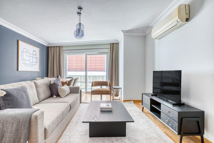 2 bedroom furnished apartment in Palms Residence - 678 678, Göktürk, Istanbul, photo 1