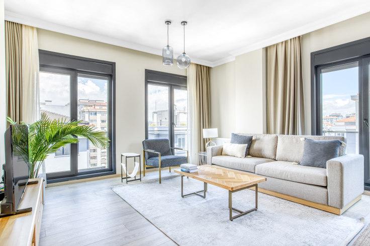 3 bedroom furnished apartment in Eren Apartmanı - 679 679, Göztepe, Istanbul, photo 1