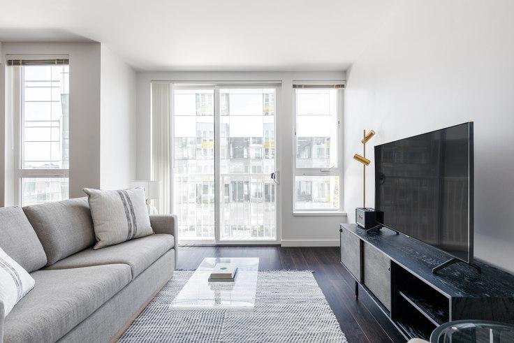 1 bedroom furnished apartment in Arras - Bellevue, 12288 NE 12th Ln 143, Bellevue, Seattle, photo 1