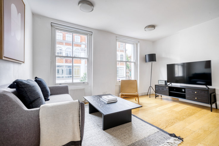 2 bedroom furnished apartment in Tottenham Court Rd 64, Fitzrovia, London, photo 1
